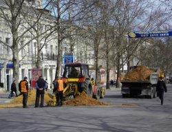 Киевские власти обещают к зиме залатать все ямы