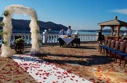 Плюсы и минусы выездной церемонии бракосочетания
