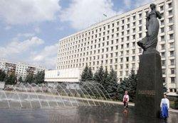 В центре Киева треснул коллектор, и две улицы могут провалится под землю