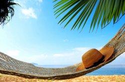 Летний отдых на черном море или за границей