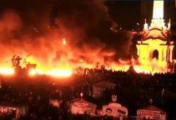 Украинцы массово просят помощи у мира