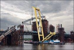 Продолжается строительство Подольского моста