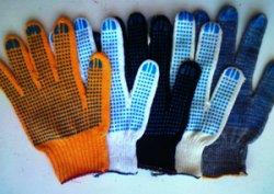 Рукавицы из ПВХ – современная защита рук на производстве