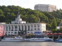 Виталий Кличко пообещал восстановить Речной вокзал