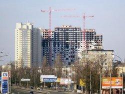 В Киеве будут сносить незаконно построенные здания