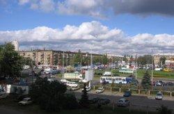 На Ленинградской площади появился новый сквер