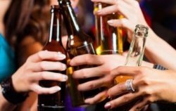 В Киевсовете признали – наказать за торговлю алкоголем ночью невозможно