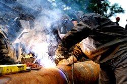 В Киеве меняют изношенные трубы теплоснабжения